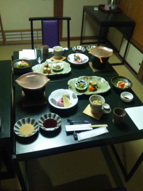 渋温泉、御宿政喜さんでの滞在を振り返ります。その3、食事とか