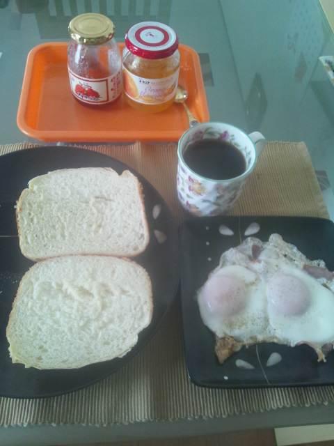 次郎さんの朝食♪